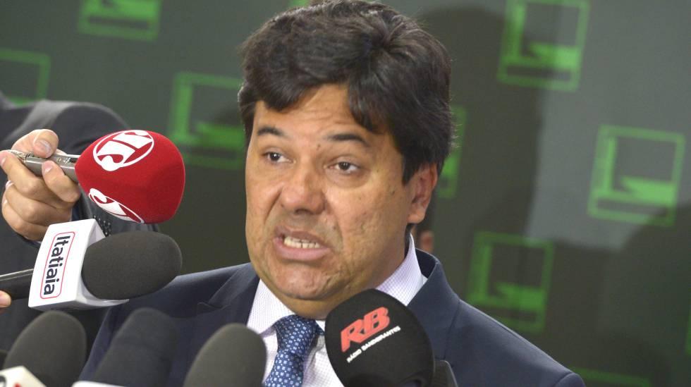 Ministro em entrevista