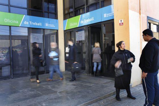 L atur baixa a catalunya a l abril un 3 2 i afecta 552 - Soc oficina de treball ...