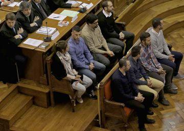 Colectivos LGTBI rechazan el pacto del 'caso Benítez '
