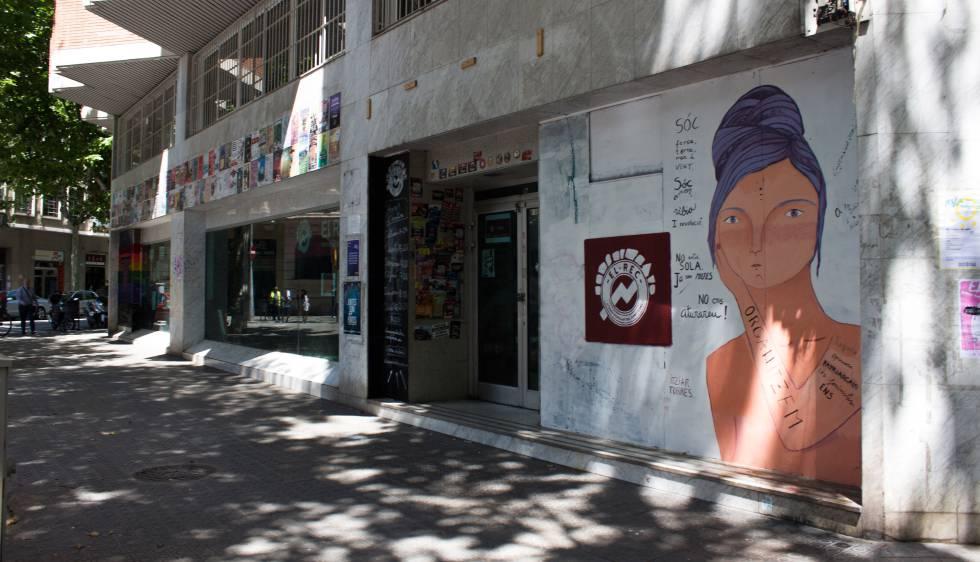 L altre banc expropiat una oficina de les joventuts de la for Catalunya banc oficinas