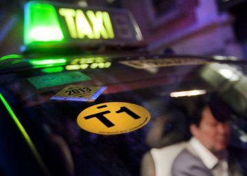 Barcelona pagarà cursos d'anglès als taxistes amb la taxa turística