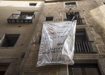 Así se alquila y se denuncia un piso turístico ilegal en Barcelona