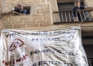 Barcelona multa 13 residències d'estudiants que operen com a albergs