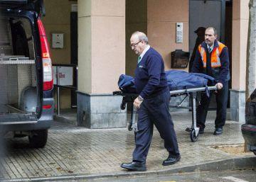 Tres nens passen diversos dies amb la seva mare morta a Palma