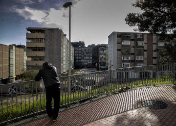 Les famílies amb rendes mitjanes es desplomen a Barcelona i augmenten les baixes
