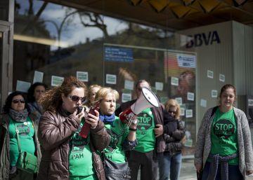 El BBVA demana una ordre d'allunyament per a un activista de la PAH