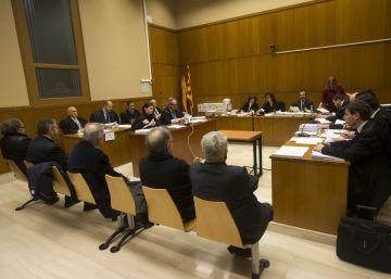 Unió no puede pagar su defensa en un caso de financiación irregular
