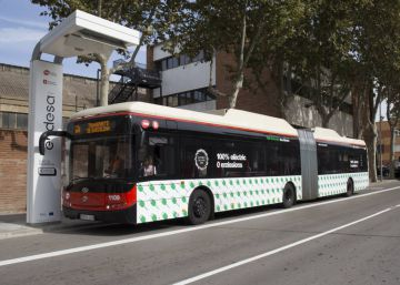 Wi-fi al bus de Barcelona: WhatsApp sí, YouTube no
