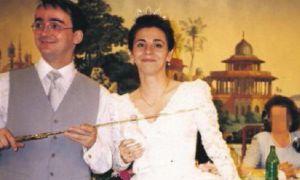 Miguel Ángel Salgado Pimentel y María Dolores Martín Pozo, el día de su boda en 1998.