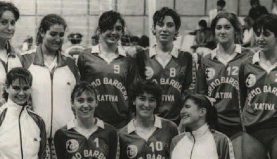 Uno de los equipos históricos del laureado club setabense de voleibol.