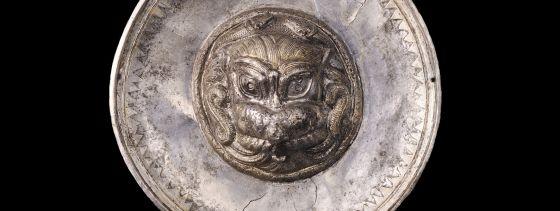 Pátera carpetana de plata llamada Medusa de Titulcia.