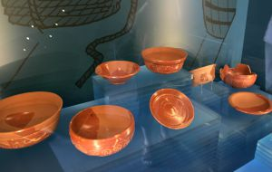 Vasijas de cerámica de la época romana en el Museo Oiasso de Irún.