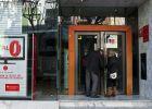 Un hombre apuñala a tres empleados en un banco de Gandia