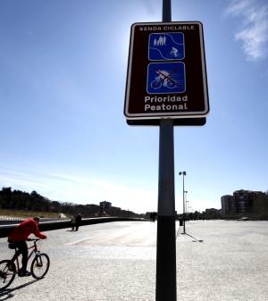 Nueva señalización vertical en Madrid Río.