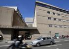 Badalona sopesa dejar fuera de su hospital a la empresa de Bagó