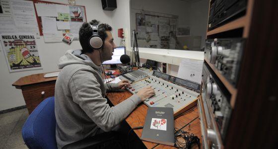 Instalaciones de Radio Klara en Valencia. / JOSÉ JORDÁN