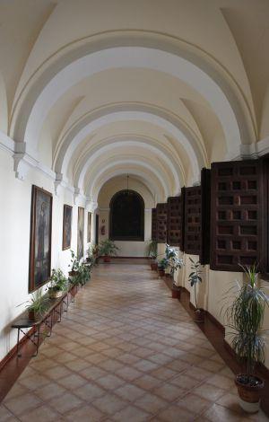 Claustro del convento de Las Góngoras.