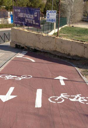Carril bici de Pozuelo que finaliza en un muro.