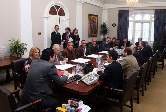 Reunión de los pescadores de Algeciras y La Línea con el Gobierno de Gibraltar.