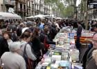 Sant Jordi capea la crisis del libro