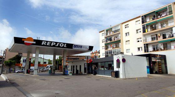 Gasolinera de Repsol en Montmeló, causante de uno de los vertidos.