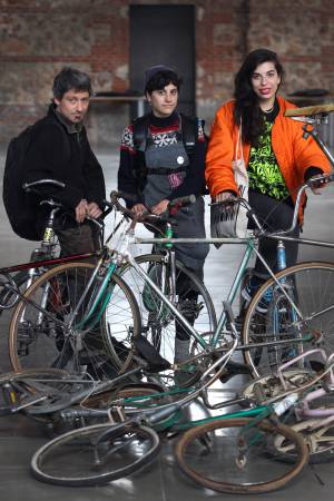 Tres de los artistas que participan en el festival.