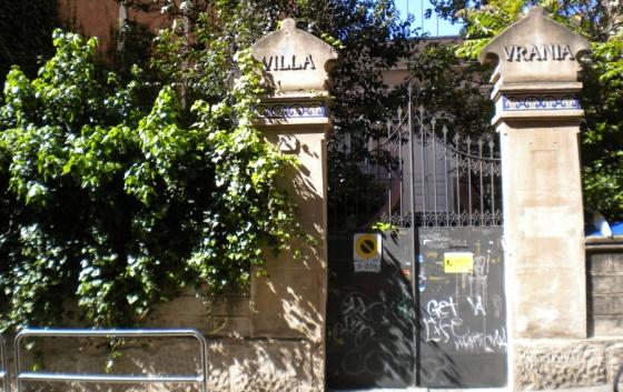 Fachada de Villa Urania.