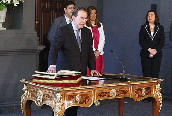 El consejero de Justicia, Emilio Llera, durante su toma de posesión del cargo.