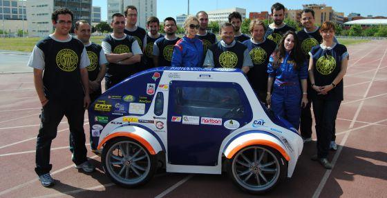 La Universidad Politécnica de Valencia participará en la Shell Eco-marathon de Rotterdam con dos coches ecológicos.