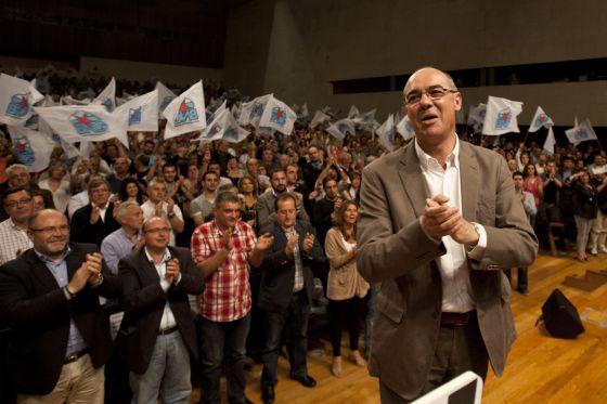 Momento de la aclamación de Francisco Jorquera.  ÓSCAR CORRAL