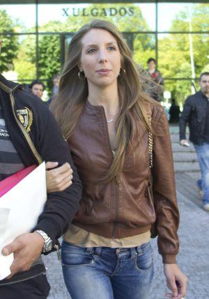 Anthea Dorribo llegando al juzgado de Lugo