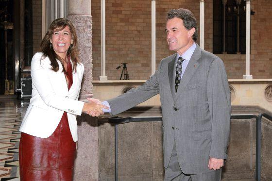 Alicia Sánchez-Camacho y Artur Mas en la reunión que mantuvieron el pasado julio.