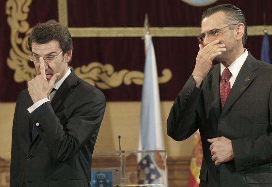 Feijóó y el director general de Pemex, Juan José Suárez, ayer en Santiago.
