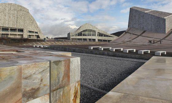 Edificios de la Cidade da Cultura en el monte Gaiás.