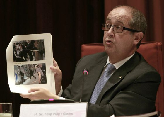 El consejero de Interior, Felip Puig, ha comparecido hoy ante la Comisión de Interior del Parlament.