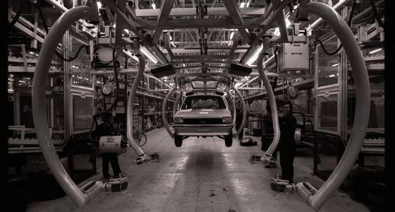 Cedena de montaje con la primera unidad de Ford Fiesta fabricado en Almussafes
