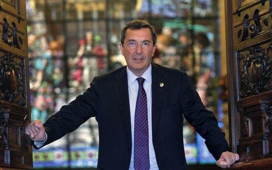 José Luis Bilbao, al término de la entrevista en el Palacio foral.