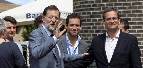 Mariano Rajoy, Borja Sémper y Antonio Basagoiti, tras clausurar hoy en San Sebastián la XVII Unión Interparlamentaria del Partido Popular.