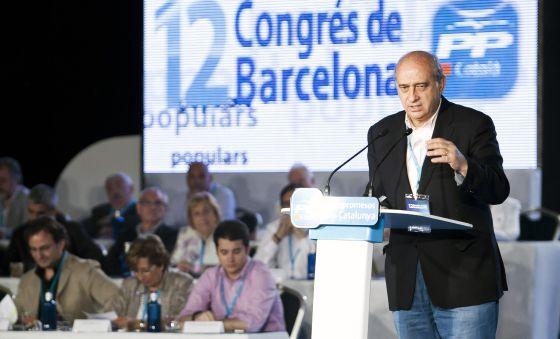 El ministro del Interior, ayer, en el congreso de Barcelona