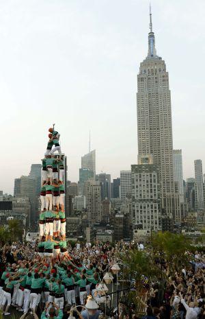 Los Castellers de Vilafranca, el jueves durante una actuación en pleno Manhattan.