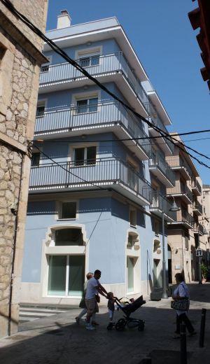 Edificio que alberga en centro de menores en el Serallo de Tarragona.