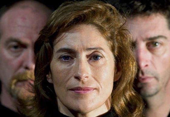 Pilar Almería en el montaje de 'Molly Sweeney' por la Companyia de Teatre El Micalet
