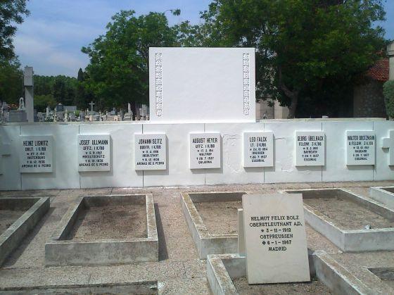 Monumento a la Legión Cóndor, ya sin la placa retirada.