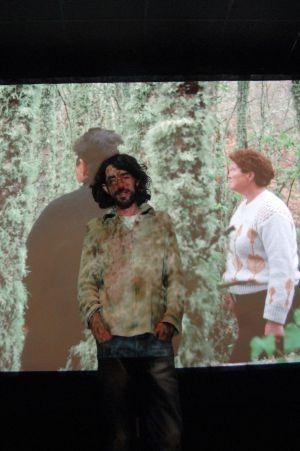loy Enciso, el lunes en el CGAI con su película al fondo