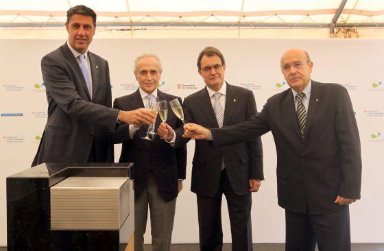De izquierda a derecha Xavier García Albiol, Josep Carreras, Artur Mas y Boi Ruiz.