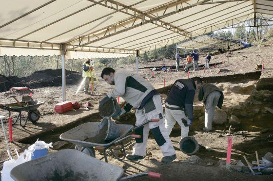 Excavaciones en el castro de Monte do Castro en Ribadumia