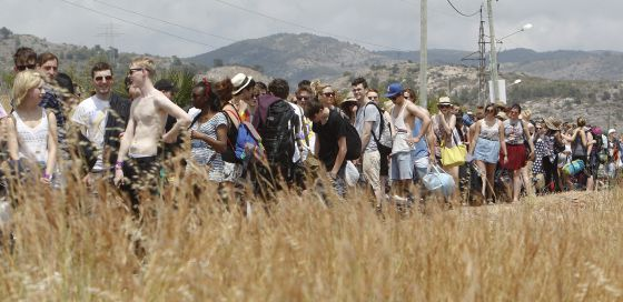Los primeros 'fibers' acampan ya en Benicàssim.