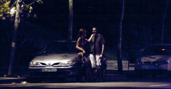 Prostitución en Barcelona, en la zona Universitaria junto al campo del FC Barcelona.