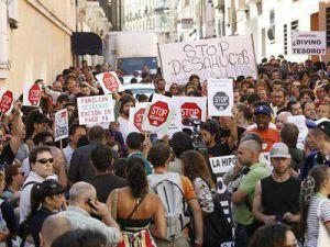 Imagen de Stop Desahucio de Granada en Facebook.