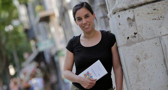La activista Esther Vivas, ayer, en La Lonja de Valencia.